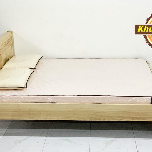 Giường ngủ gỗ Sồi nga 1m6