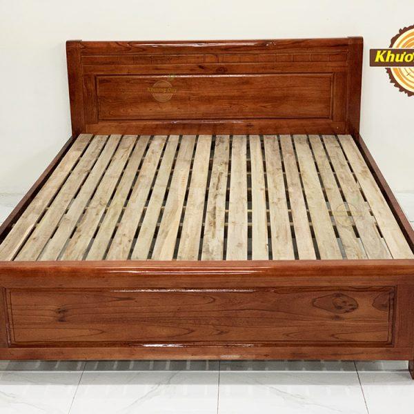 Giường gỗ Xoan Đào 1m8