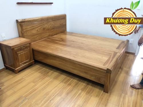 Giường gỗ Hương cao cấp
