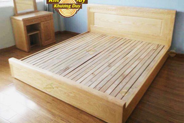 Giường ngủ gỗ Sồi sát đất