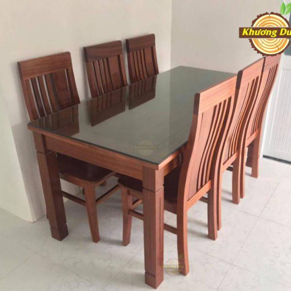 bàn ăn gỗ giá rẻ