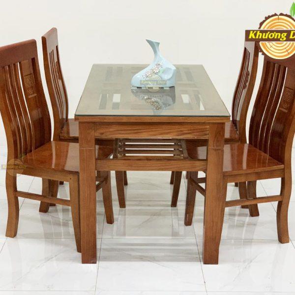 bàn ăn gỗ sồi 1m2